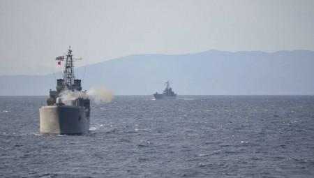 Σε επιφυλακή θέτει η Άγκυρα τα πλοία της στο Αιγαίο