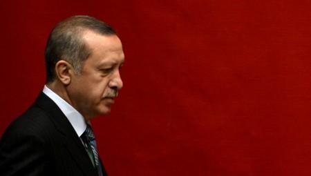 Προεκλογικό «παραλήρημα» Ερντογάν κατά Ελλάδας και οίκων αξιολόγησης