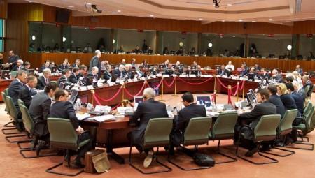 Με 4 «μέτωπα» η Ελλάδα στο κρίσιμο Eurogroup