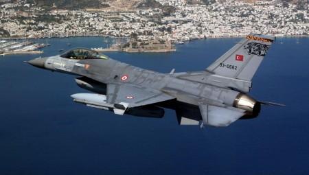 «Μπαράζ» τουρκικών υπερπτήσεων στο Αιγαίο μέσα σε μισή ώρα!