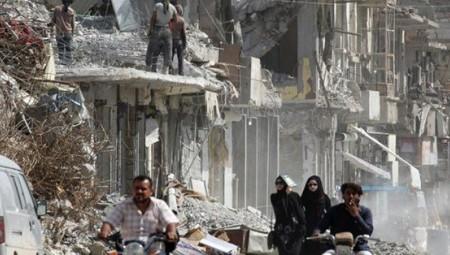 Τουλάχιστον 12 άμαχοι νεκροί στη Συρία από βομβαρδισμούς της Δύσης