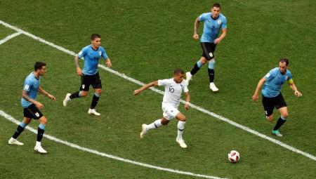 Μουντιάλ 2018: Στα ημιτελικά η Γαλλία, 2-0 την Ουρουγουάη