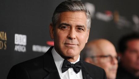 Θύμα τροχαίου ο George Clooney