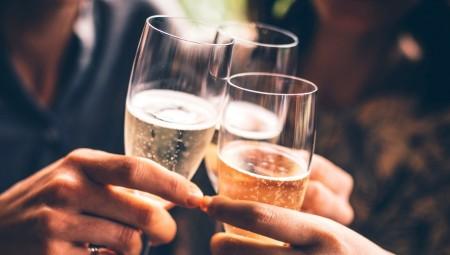 Η παραμικρή κατανάλωση αλκοόλ κάνει κακό στον οργανισμό