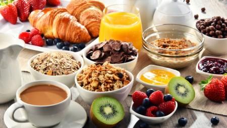 Η έλλειψη χρόνου στερεί στους μαθητές τη δυνατότητα ενός σωστού πρωινού