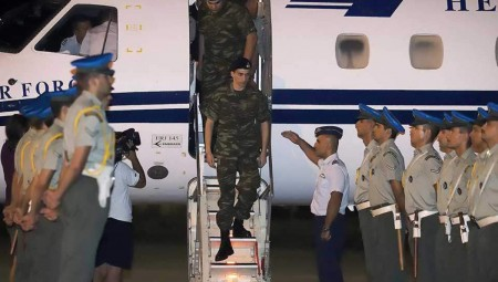 Επέστρεψαν στην Ελλάδα οι δύο Έλληνες στρατιωτικοί (photos)