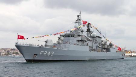 Η Τουρκία αποκλείει το Καστελόριζο με NAVTEX