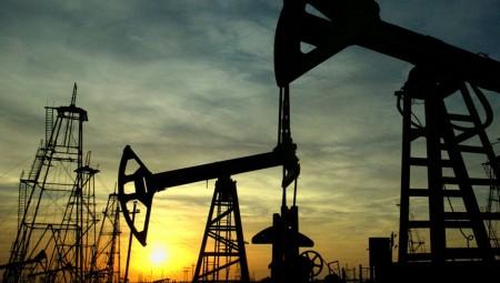 ΙΕΑ: Σε επίπεδα ρεκόρ η παραγωγή πετρελαίου από ΗΠΑ, Ρωσία και Σαουδική Αραβία