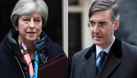 Κατατέθηκε πρόταση μομφής κατά της Μέι στη Βρετανία