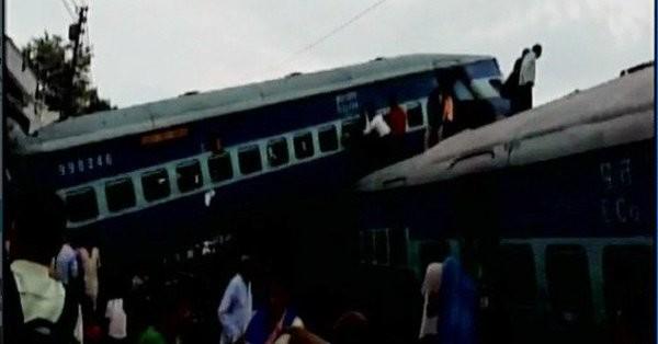 India-treno-sygkrousi