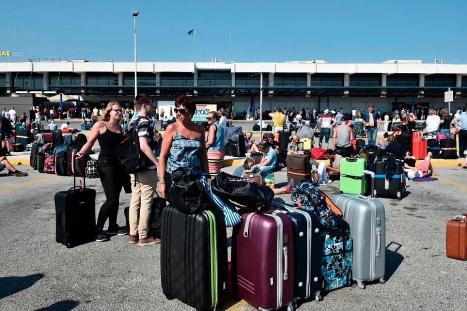 bretania-odigia-tourismos-touristes