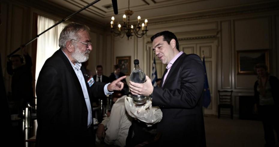 mpoutas-tsipras-agotes-larisa