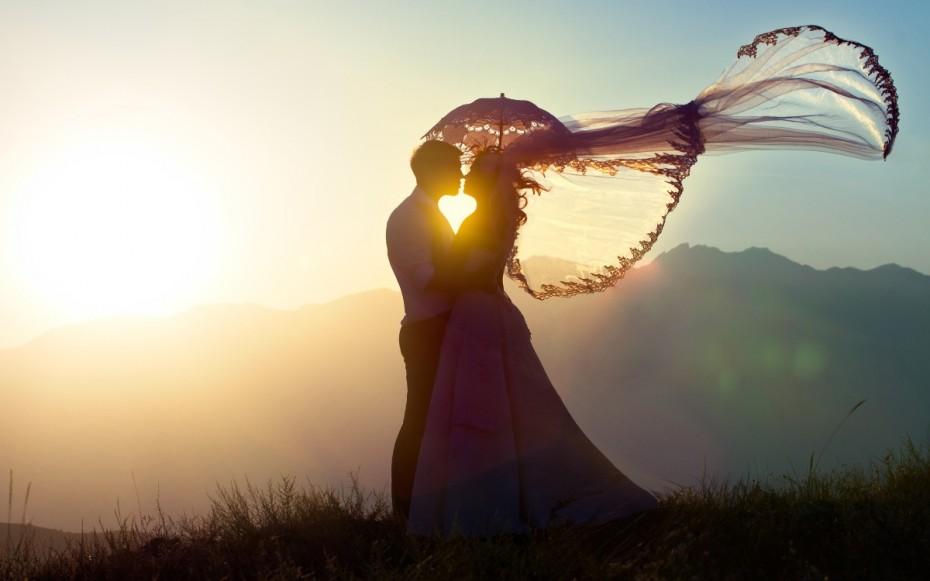 loving-couple-wind