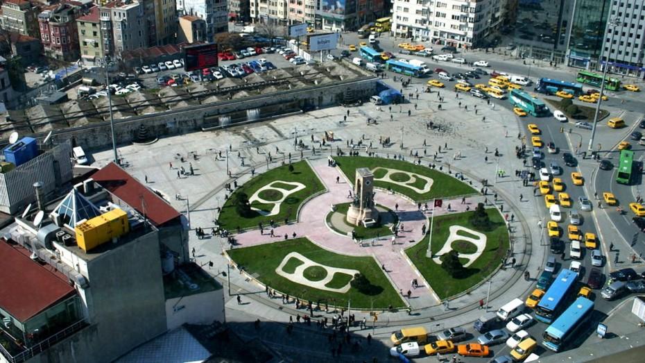 konstantinoupoli-tourkia-tromokratia-taxim