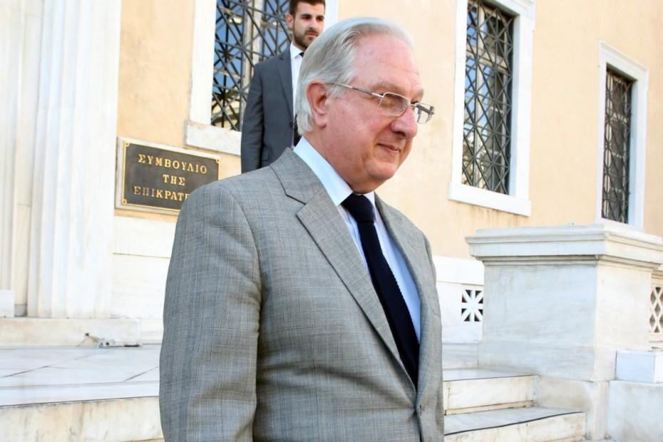 Ηχηρή παραίτηση Σακελλαρίου με «μύδρους» κατά κυβέρνησης