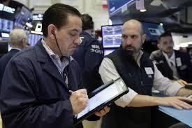 Με θετικά πρόσημα ξεκινά την εβδομάδα η Wall Street