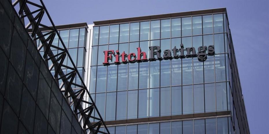 Ο Fitch αναθεώρησε καλυμμένα ομόλογα ελληνικών τραπεζών