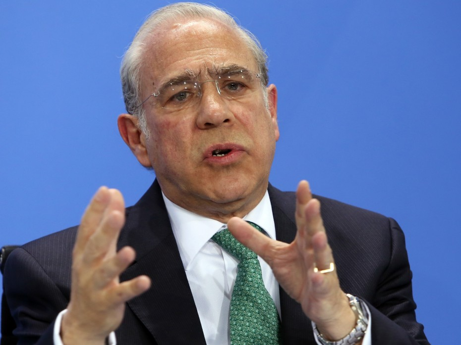 Ουσιαστική ελάφρυνση χρέους ζητεί ο Γκουρία του ΟΟΣΑ