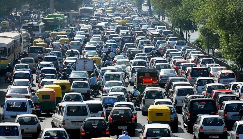 Κυκλοφοριακό «κομφούζιο» φέρνουν οι συγκεντρώσεις και το «χειρόφρενο» στα ΜΜΜ