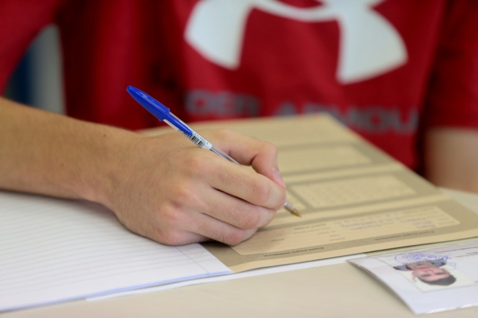 Πανελλαδικές: Για καλά προετοιμασμένους μαθητές τα θέματα Φυσικής και βατά στα υπόλοιπα μαθήματα