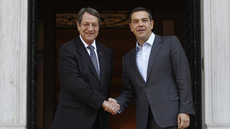 Τηλεφωνική συνομιλία Τσίπρα-Αναστασιάδη ενόψει της συνάντησης με τον Ερντογάν