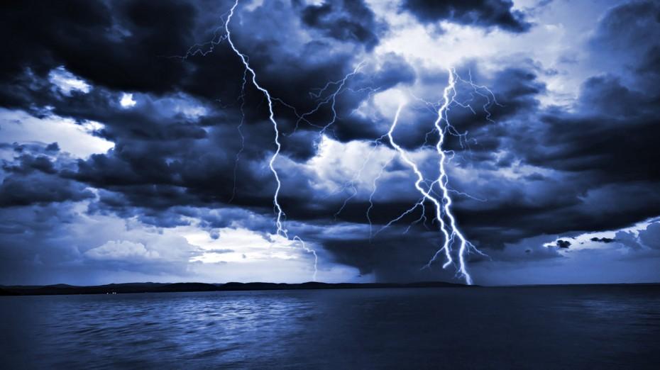 Ο καιρός τρελάθηκε: Καταιγίδες και χαλάζι μετά τον καύσωνα!