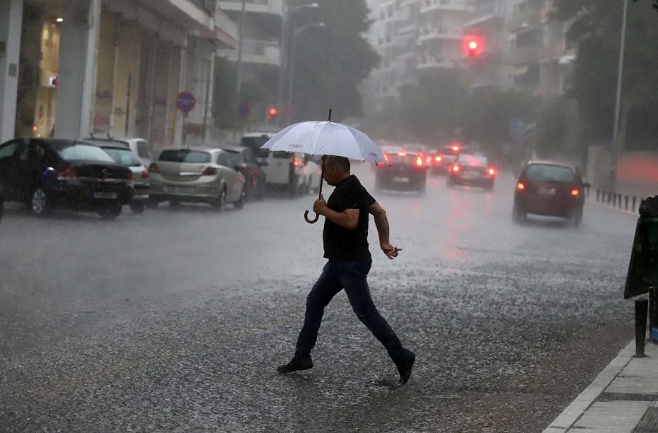«Καμπανάκι» από την ΕΜΥ για βροχές, ανέμους και χαλάζι