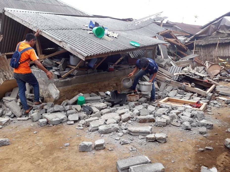 Ινδονησία: Φονικό το χτύπημα του Εγκέλαδου - 131 νεκροί, 70.000 άστεγοι