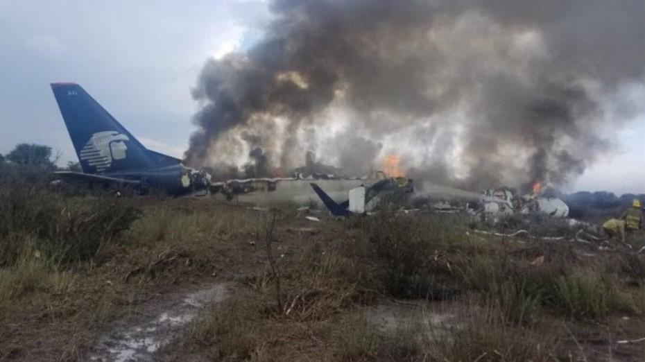 Θαύμα: Επέζησαν και οι 101 επιβαίνοντες από τη συντριβή αεροσκάφους