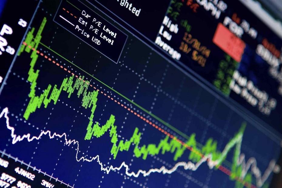 ΧΑ: Σφυροκόπημα δίχως τέλος στις τράπεζες