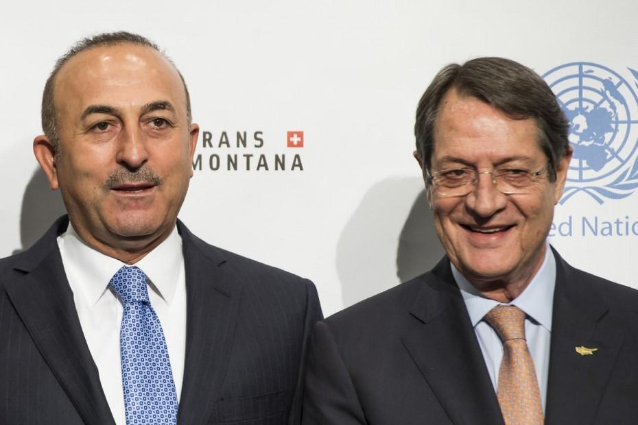 Συνάντηση Ανασταδιάση - Τσαβούσογλου για το Κυπριακό