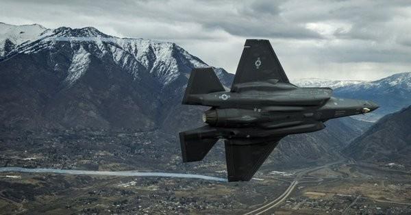 Καθηλώθηκαν τα F-35 σε όλο τον κόσμο λόγω προβλήματος