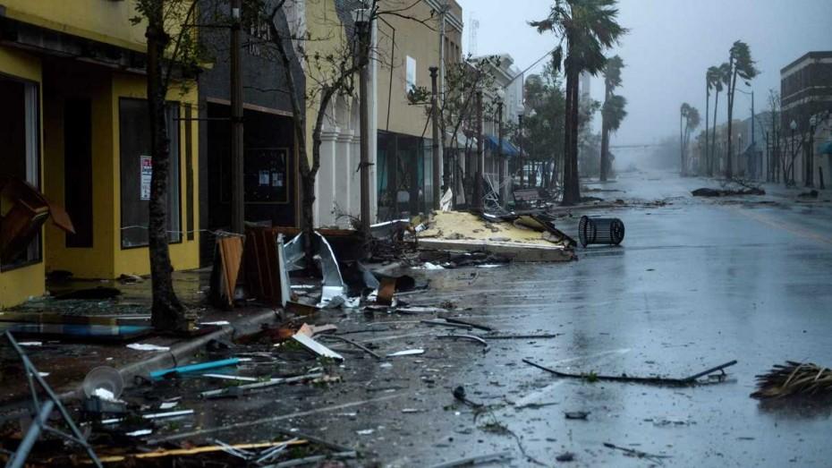 Ένας νεκρός στη Φλόριντα από τον κυκλώνα Μάικλ