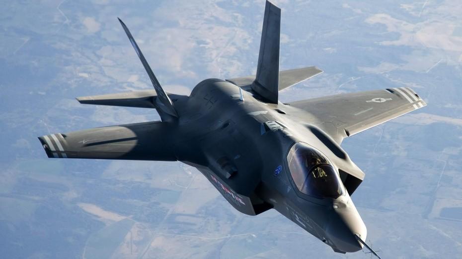 Πρόεδρος Επιτροπής Ενόπλων Δυνάμεων Γερουσίας: Η Τουρκία να επιλέξει ανάμεσα στα F-35 και τους S-400