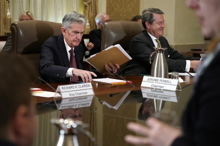 Σταθερά τα επιτόκια της Fed - Προς νέα αύξηση το Δεκέμβριο