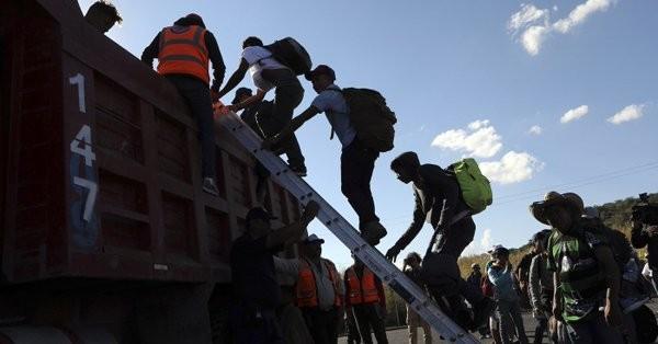 Μεξικό: Το «καραβάνι μεταναστών» πλησιάζει τα σύνορα με τις ΗΠΑ