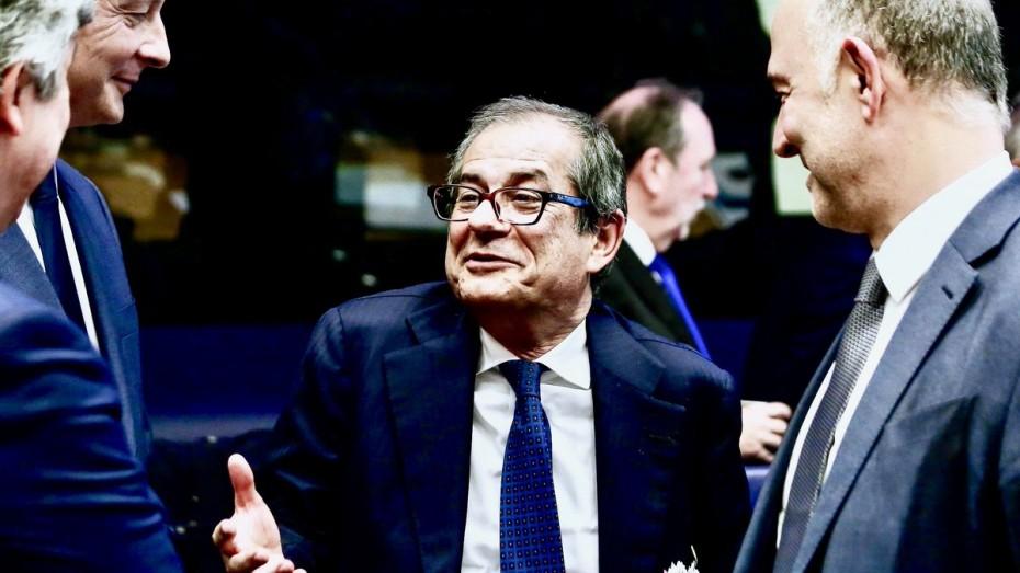 Η Ιταλία επιμένει πως δεν αλλάζει τον προϋπολογισμό
