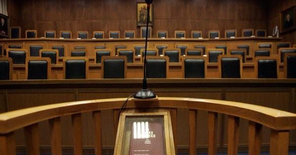 Ζητούν αποζημίωση 300.000 ευρώ από τους εισαγγελείς διαφθοράς