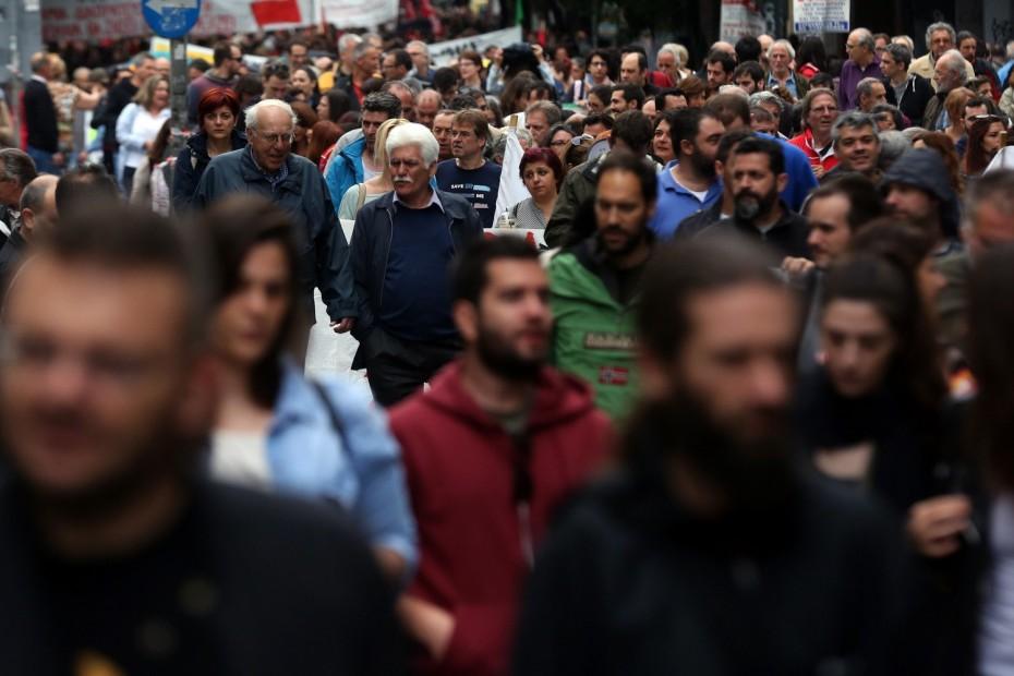 «Εργάνη»: 3 στους 10 εργαζόμενους λαμβάνουν κάτω από 800 ευρώ