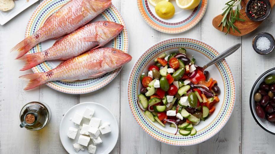 Η μεσογειακή διατροφή μειώνει τον καρδιαγγειακό κίνδυνο όσο και τα φάρμακα!