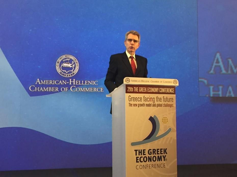 Εκνευρισμός του πρέσβη των ΗΠΑ για την επένδυση στο Ελληνικό