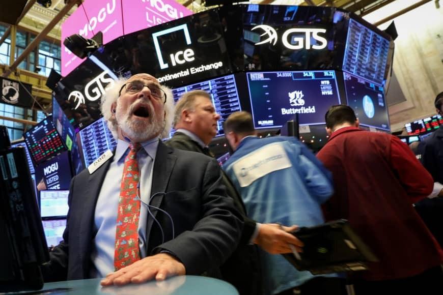Σε θετικό έδαφος η Wall Street παρά τις εμπορικές ανησυχίες