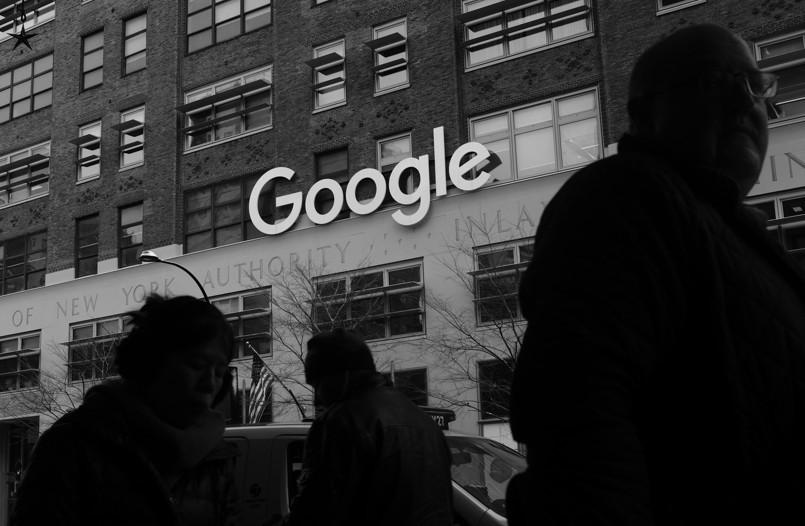 Γαλλία: Πρόστιμο-μαμούθ στη Google για παραβίαση του GDPR