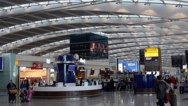 Αποκαταστάθηκε το πρόβλημα στο αεροδρόμιο Χίθροου του Λονδίνου