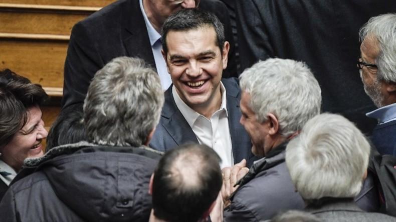Ο διεθνής Τύπος για την επικράτηση Τσίπρα στην ψήφο εμπιστοσύνης