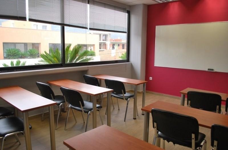 Χανιά: Σύλληψη καθηγητή φροντιστηρίου - Aσελγούσε σε μαθήτριες
