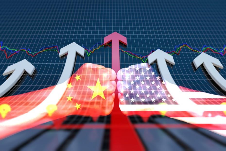 Οι συνομιλίες ΗΠΑ και Κίνας ανεβάζουν τη Wall Street για την Παρασκευή