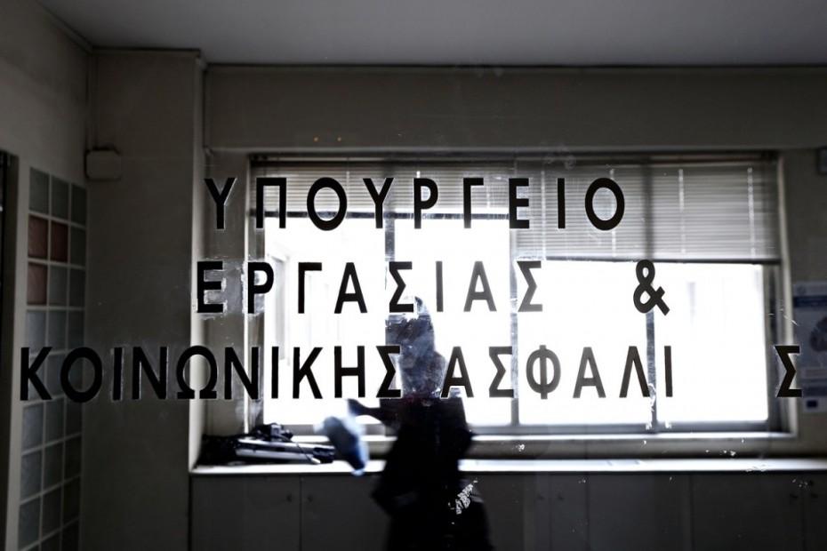 Νέα επίθεση Αχτσιόγλου σε ΣΕΒ, για τον κατώτατο μισθό