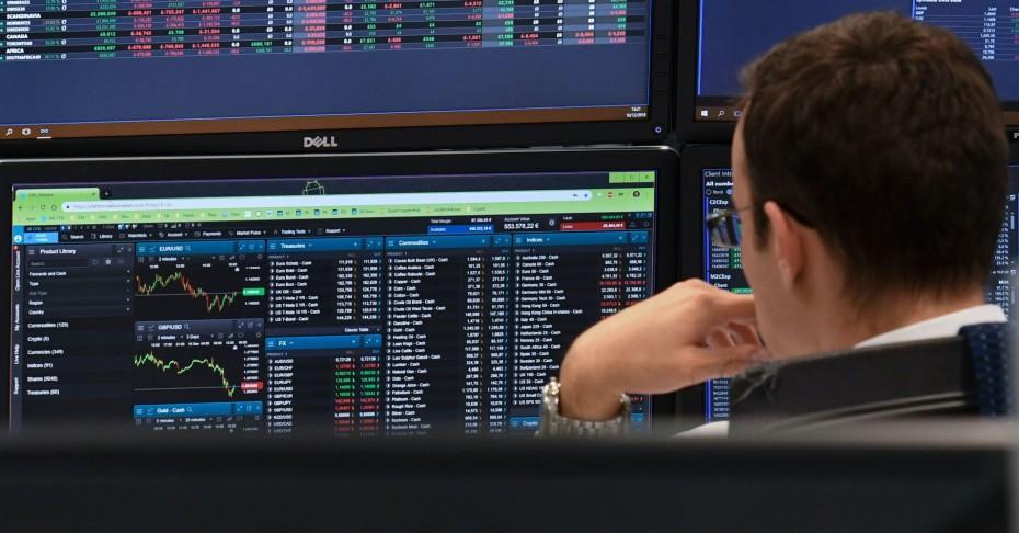 Περιορισμένα κέρδη στις ευρωαγορές για το «αντίο» της εβδομάδας