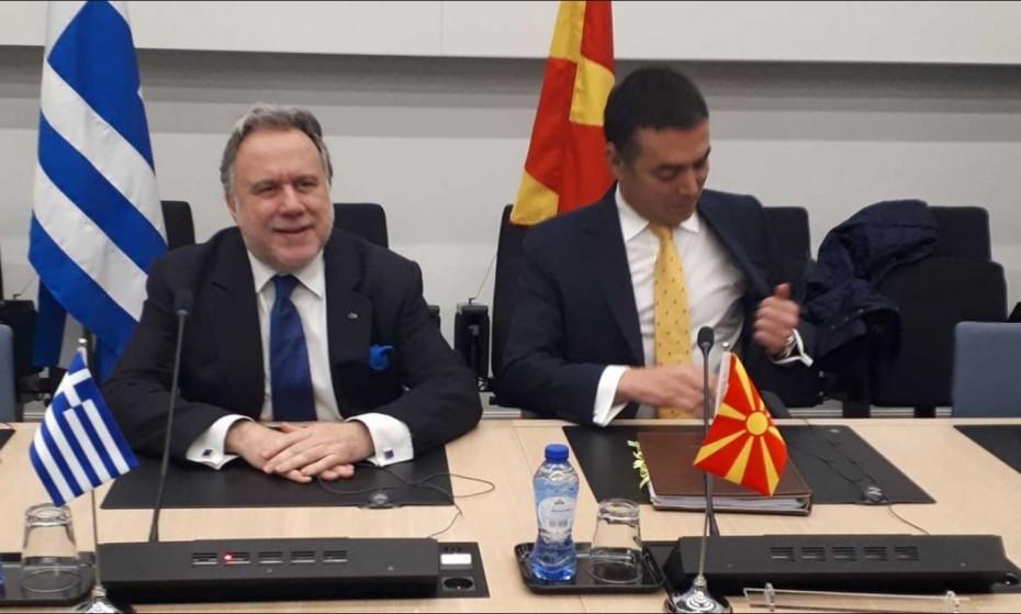 Υποχρεωτικά το Βόρεια Μακεδονία από τις επόμενες μέρες, τόνισε ο Κατρούγκαλος